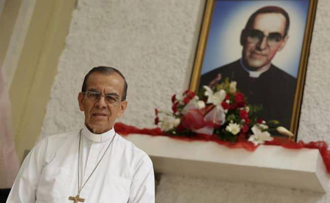 Quel legame tra il neocardinale Rosa Chávez, Romero e Martini